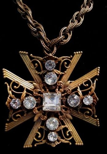 Antique Maltese cross necklace...stunning!